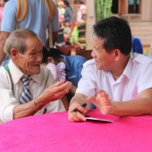 Tot Nhernh (left), 93, shares the incredible story of how Christianity came to Cambodia's Bunong people during the Vietnam war. Mr Nhernh is delighted that the very first New Testament in his language will be published in May 2016 in both Roman and Khmer scripts, making it understandable for Bunong people in both Vietnam and Cambodia. (Project 70737) Story: http://ubscommunity.org/blog/2016/01/12/the-long-journey-of-the-bunong-new-testament/
